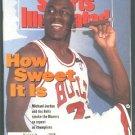 1992 SI CHICAGO BULLS MICHAEL JORDAN CHAMPS VOLLEY BALL MINNESOTA TWINS KIRBY PUCKETT PEBBLE BEACH