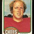 KANSAS CITY CHIEFS MIKE LIVINGSTON 1976 TOPPS # 436