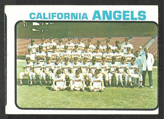 CALIFORNIA ANGELS TEAM CARD 1973 TOPPS # 243 EX SMC