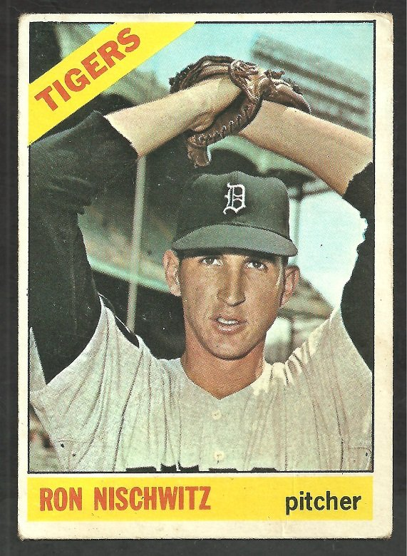 Detroit Tigers Ron Nischwitz 1966 Topps Baseball Card # 38 vg