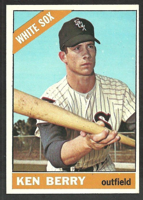 Chicago White Sox Ken Berry 1966 Topps Baseball Card # 127 vg