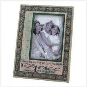 Rejoice Photo Frame