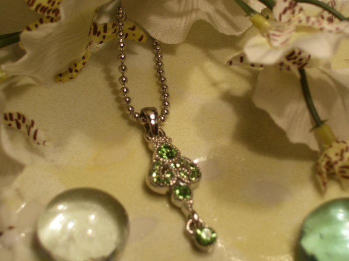 Silver green crystal necklace-18293