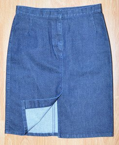 N239 Women's jean skirt SISLEY  Size 42 (EU) 29x20 (USA) Made in Italy