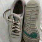 Hush Pupplies Comfort Curve Laced Oxford Shoe Women 7M The Body Shoe