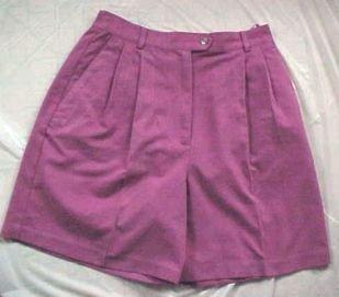 IZOD Deep Rose Womens Pleated Golf Shorts - Size: 8