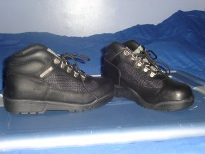 Juniors size 6 Black Timberland Field Boot