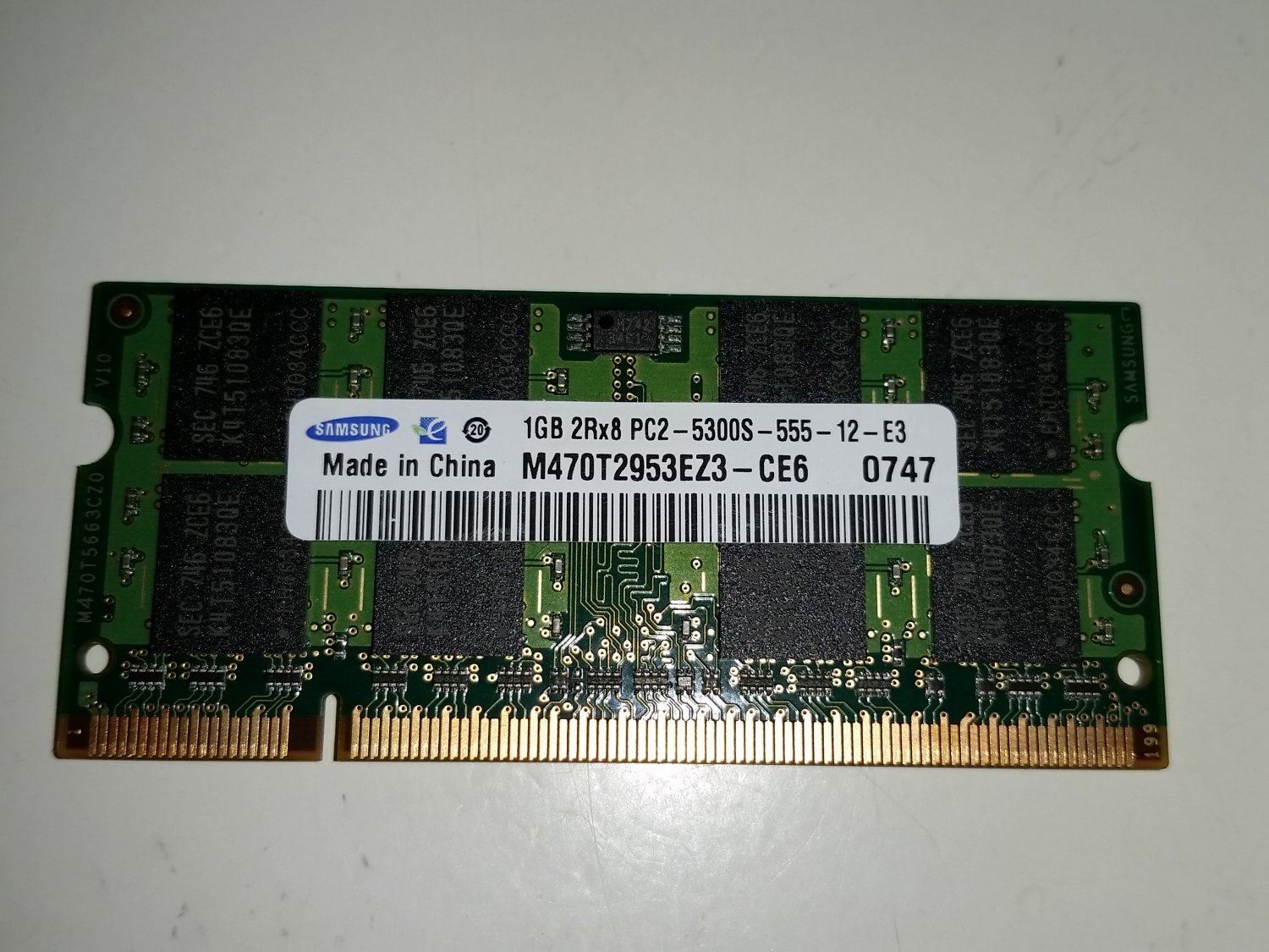 Samsung 1GB DDR2 PC2 5300S 204 Pin Laptop Memory - Used