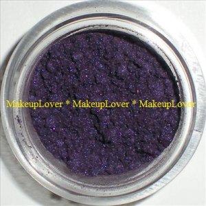 MAC Entremauve 1/4 tsp. pigment sample LE (NocturnElle)