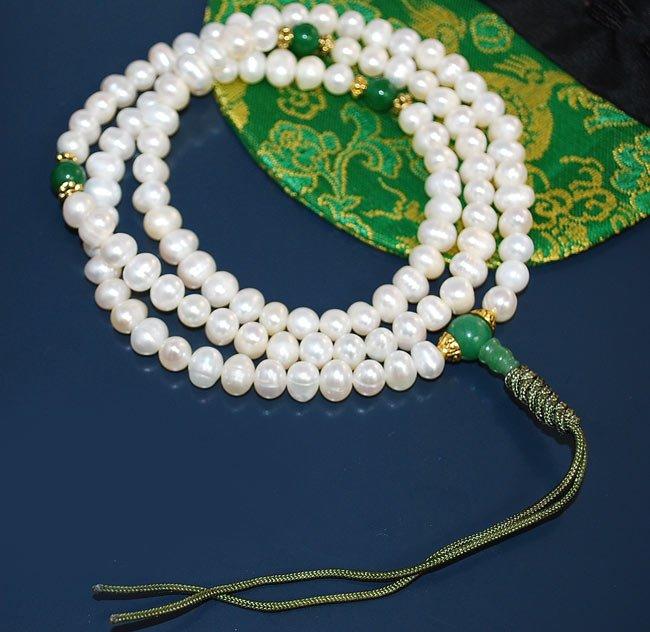 Freshwater Pearl and Jade Mala