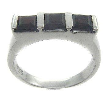 925 Sterling Silver Genuine Garnet Ring size 6