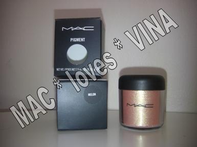 MAC Pigment * MELON * 1/2 sample - $ave Pigments