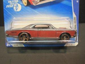 Hotwheels 67 Gray/Red Pontiac GTO 2010 NIP