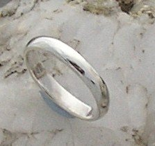 Silver wedding band ring, size 10, 4mm