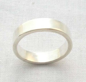 Men's silver band ring, size 8.5, 4.5mm square
