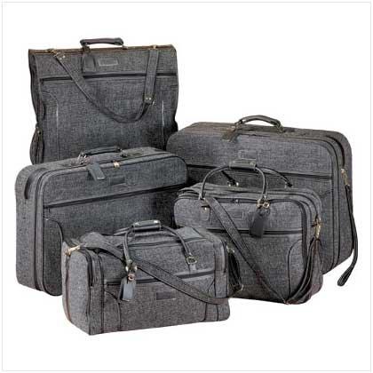 #   21943    Sturdy 5-piece travel set