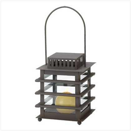 #38609 Pagoda lantern in rust-finish metal