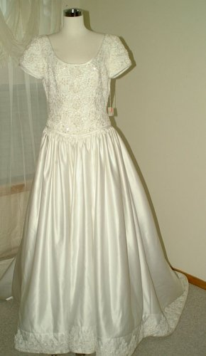 Wedding Gown Size 12 White Satin and Lace