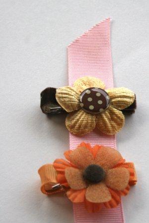 Set of two retro flower alligator clips