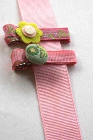 Set of two vintage velvet alligator clips