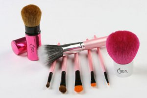 Charm Deluxe Brush Collection