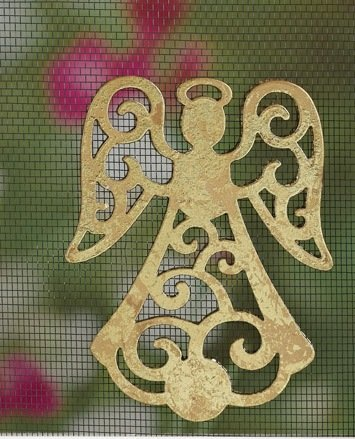 MAGNETIC WINDOW /DOOR  SCREEN SAVER  DECORATIVE ORNAMENT GOLD  STANDING  ANGEL  FREE SHIPPING