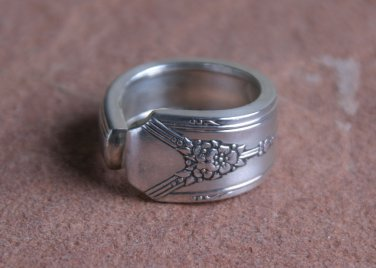 Oneida Rodgers 1940 Milady Pattern Silver Plated Spoon Ring # 016 SZ 6.5