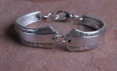 Rodgers 1940 Treasure Vintage Silver Plated Silverware Spoon Bracelet 6 1/2 #020