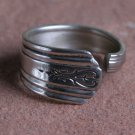 Wm. Rodgers Avon pattern from 1940 Silver plate Silverware Spoon Ring # 017  SZ 10 1/2