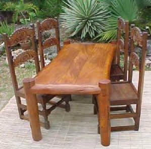Funzi Dining Table