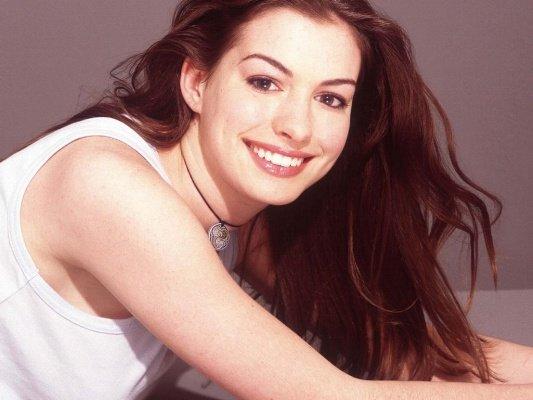 Anne Hathaway ~ 4