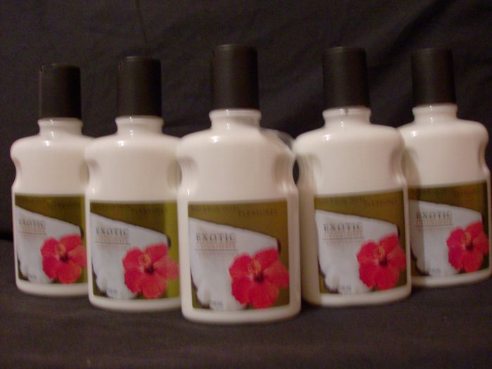 10 Bath and Body Works Exotic Coconut Lotion