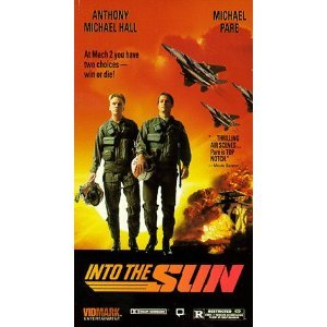 into the sun starring Anthony Michael Hall, Michael Paré VHS 1998 vidmark used
