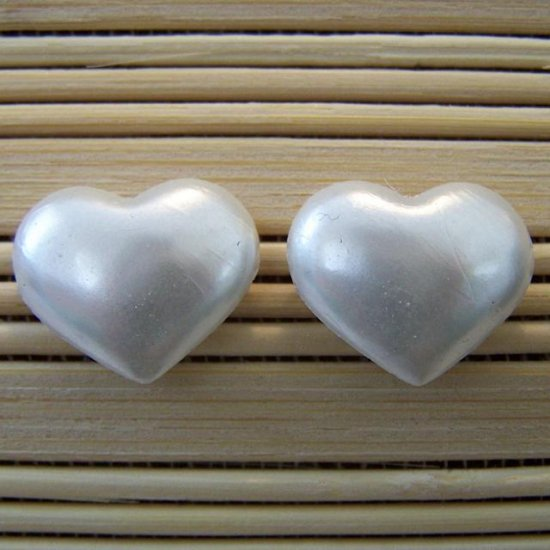pearly hearts stud earrings