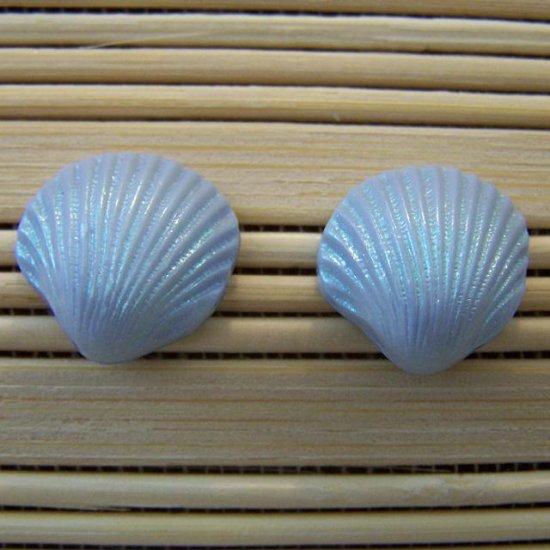 shell shaped blue stud earrings small