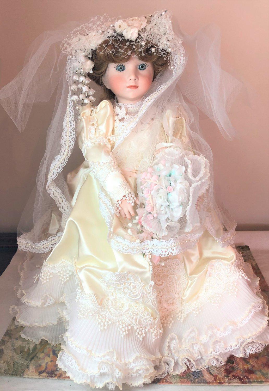 """SHADER China Doll Francoise 02615 No. 36 17"""" Porcelain Bisque Bride Blue Eyed Lt Brown Hair"""