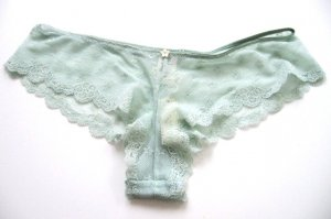 A0081 Abercrombie Gilly Hicks Sheer Floral Lace Short Aqua Green  SIZE MEDIUM