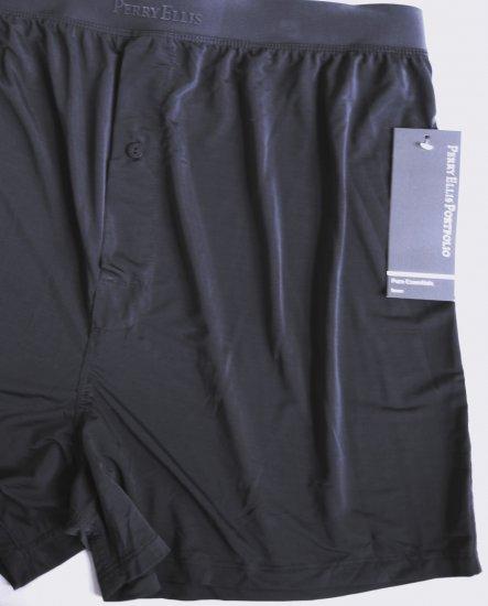 A0137 Perry Ellis Portfolio Techno Stretch Boxer 163000 Silver SIZE = LARGE