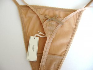 563dc8228380 A0083T Gilly Hicks Sydney by Abercrombie NEW Floral Sheer Mesh Skinny Thong  Nude SIZE LARGE