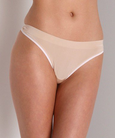 X098T Calvin Klein Perfectly Fit Sleek Thong F3011, Nude SIZE Large