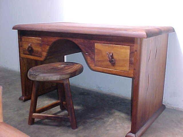 Mvuleb dressing table