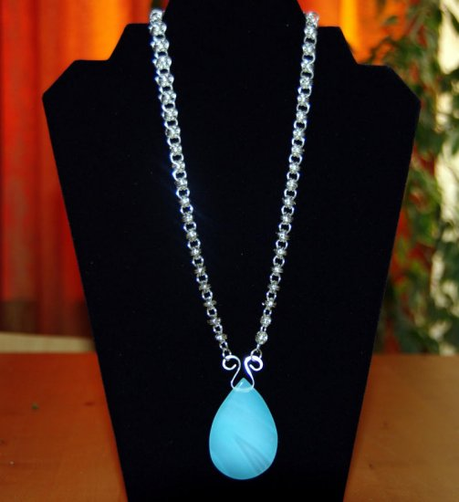 Sterling silver and natural chalcedony chainmail necklace