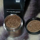 mac pigment  Museum Bronze  limited ed  sample