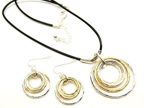Eternity Loops Necklace/Earrings set