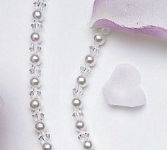 Graceful Lily Pearl & Crystal Single Strand Necklace