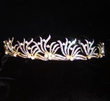 Delicate Branches Tiara in Clear Crystal and Pearl