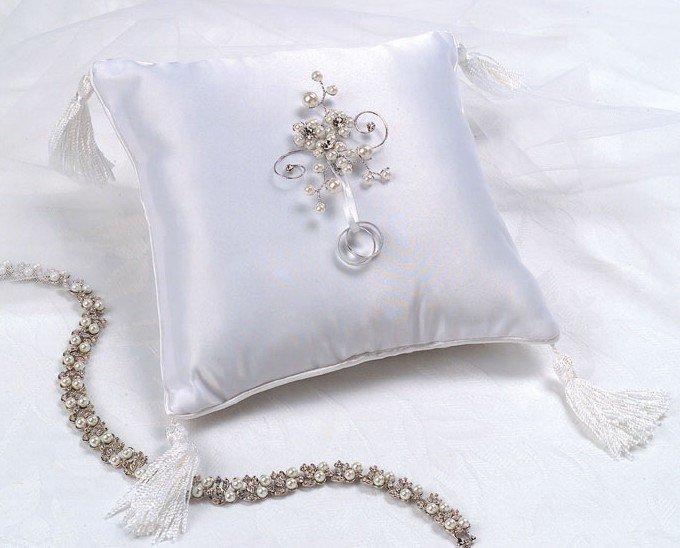 Pearl Garden  Ring Bearer Pillow