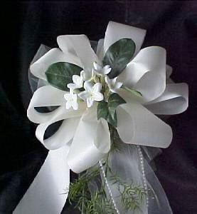 Satin & Silk Stephanotis Pew Bow in White