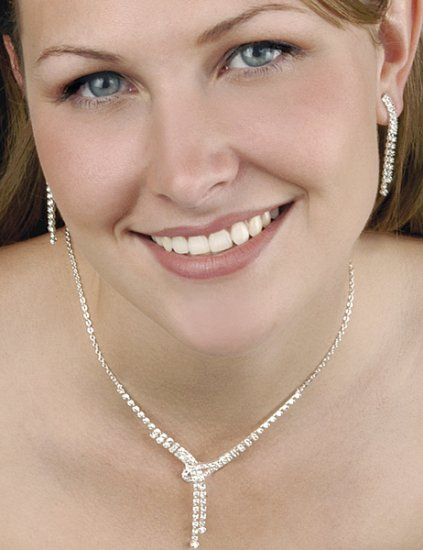 Love Knot Swarovski Crystal & Rhinestone Earring and Necklace Set