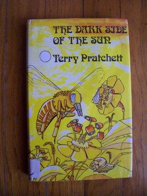 Terry Pratchett The Dark Side of the Sun HB DJ